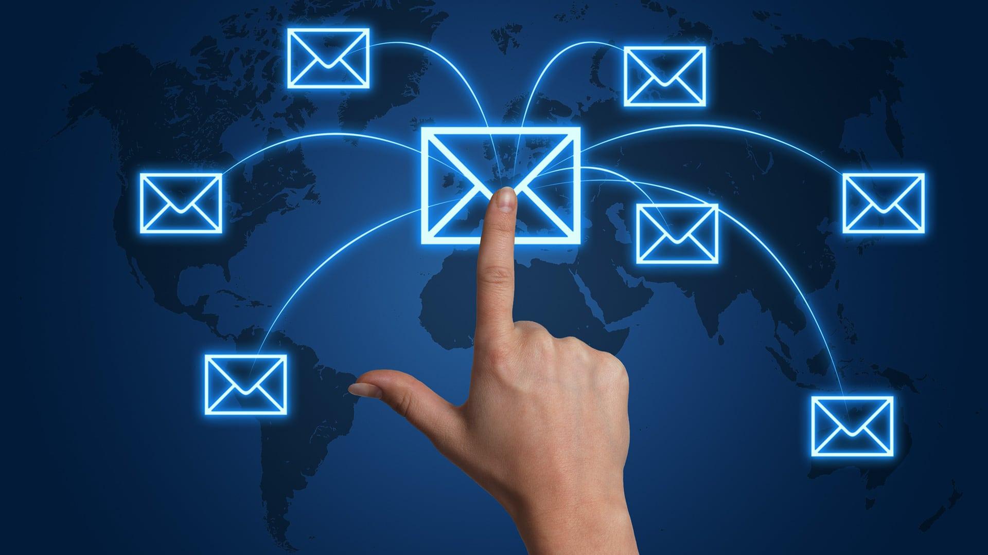 إدارة حسابات البريد الالكتروني في لوحة تحكم سي بانل(Cpanel) 3